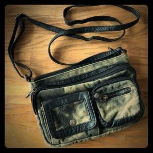 Barely used Roxy crossbody purse